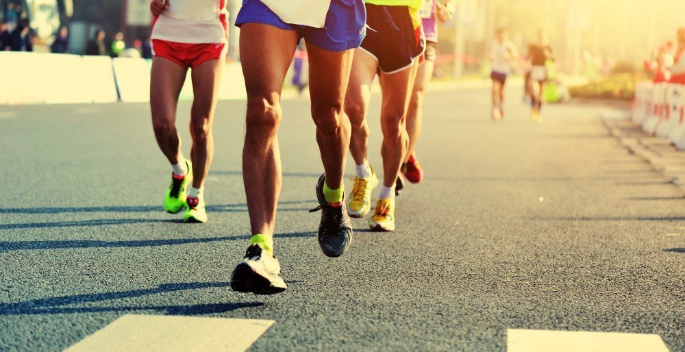 Personer der løber