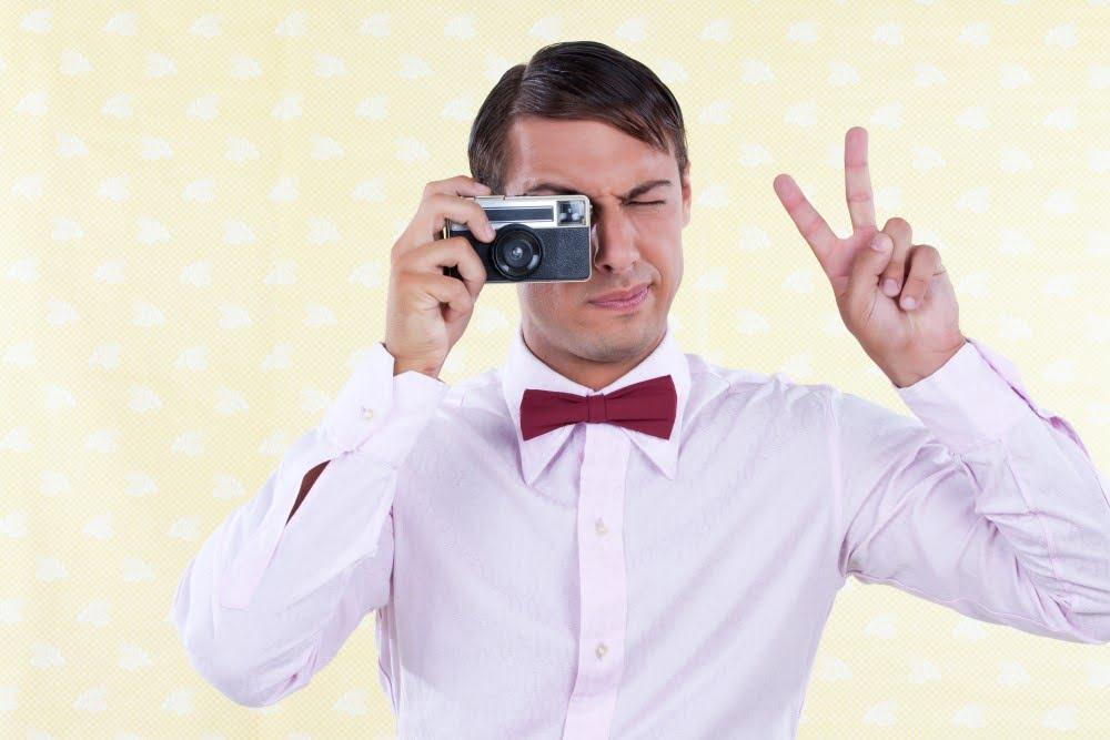 Mand med kamera